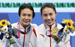 """Хятадын """"Мөрөөдлийн баг"""" олимпод түрүүллээ"""