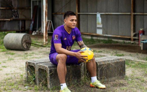 Орогнол хүссэн Мьянмар хөлбөмбөгч Японд үлдэнэ