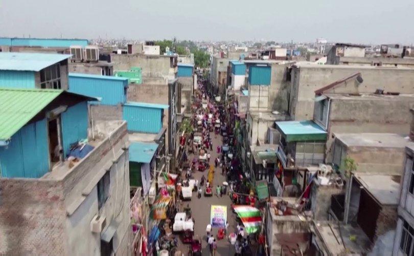 Энэтхэг 2027 он гэхэд хамгийн олон хүн амтай улс болно