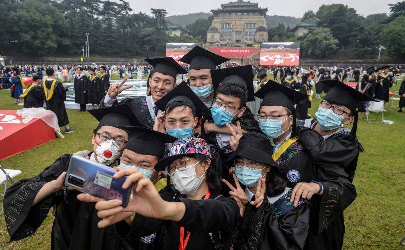 Хятад яагаад гадаад оюутнуудаа хүлээж авахгүй байгаа вэ?