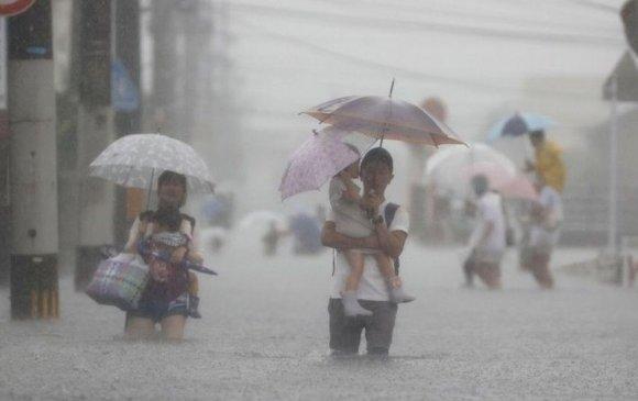 Японд үер бууж, 5 сая хүнийг нүүлгэн шилжүүлэх болов