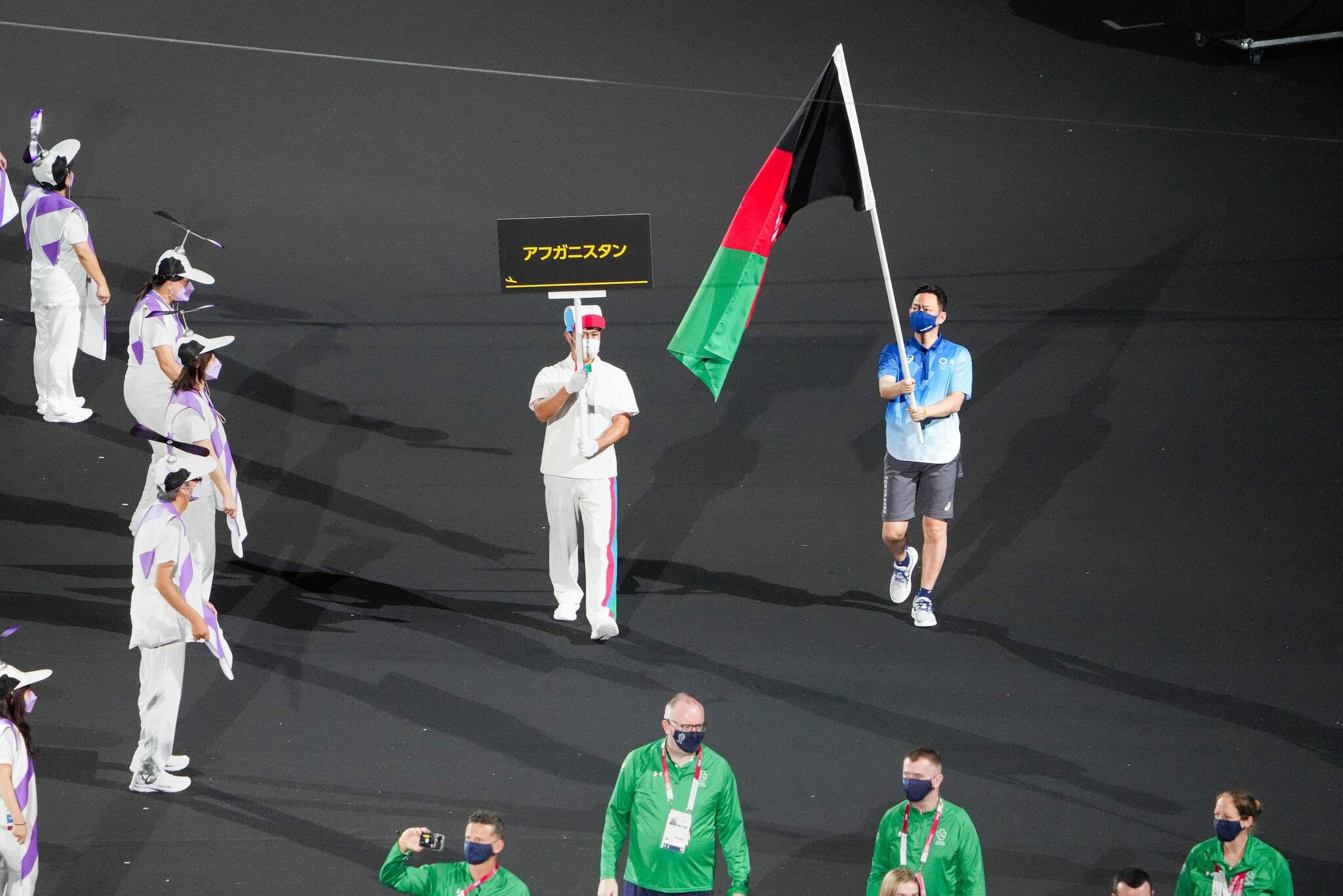 24paralympic-briefing-afghan-flag-superJumbo