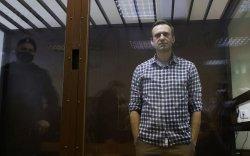 Навальныйд өдөр бүр 8 цаг суртал ухуулгын нэвтрүүлэг үзүүлдэг