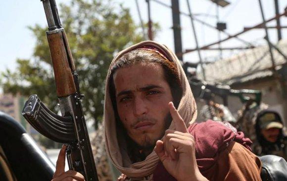 Талибууд АНУ, НАТО-той холбоотой афганчуудыг идэвхтэй хайж эхэлжээ