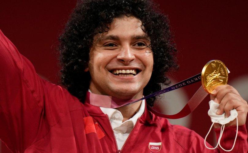 Катар 37 жил хүлээсэн олимпийн анхны алтан медалиа авлаа