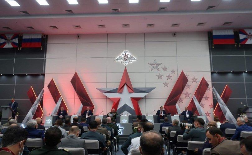 """Бригадын генерал Д.Ганхуяг """"Арми-2021"""" ОУ-ын цэрэг-техникийн форумд хүндэт зочноор оролцлоо"""