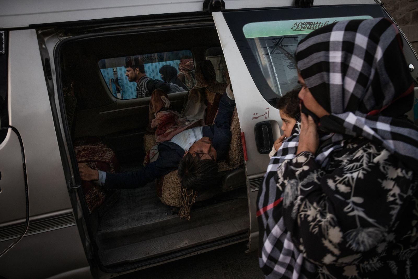 https___cdn.cnn.com_cnnnext_dam_assets_210826150715-03-afghanistan-explosion-0826