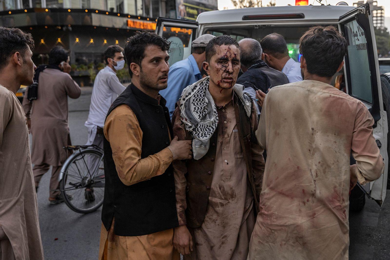https___cdn.cnn.com_cnnnext_dam_assets_210826151643-11-afghanistan-explosion-0826
