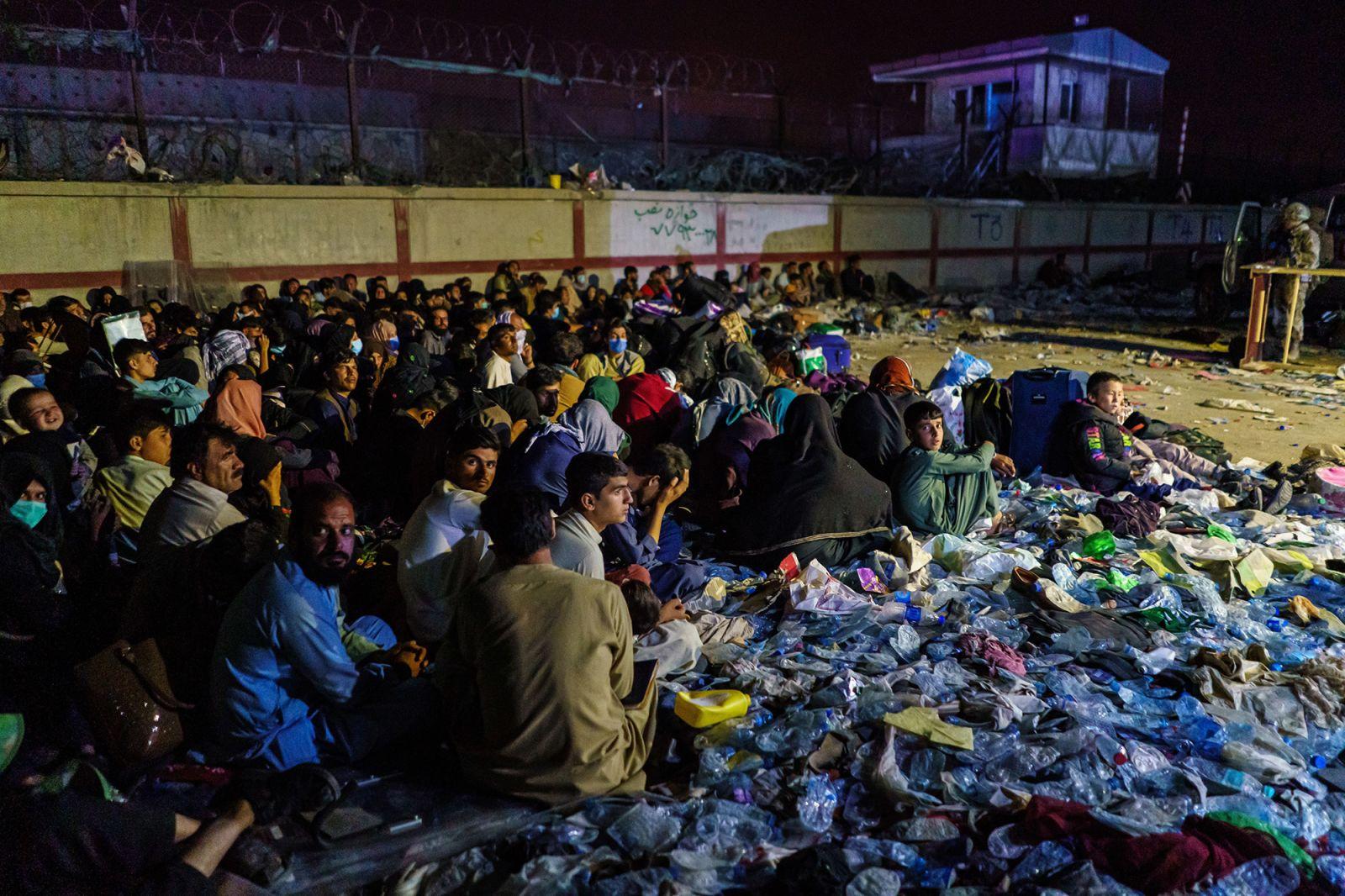 https___cdn.cnn.com_cnnnext_dam_assets_210826164639-21-afghanistan-explosion-0826