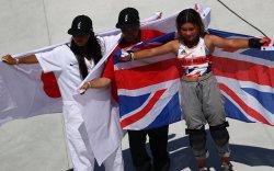 Японы 12 настай охин мөнгө, Британийн 13 настай охин хүрэл медаль хүртэв