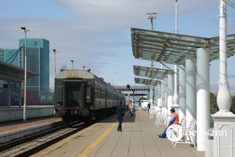 Төмөр зам орон нутгийн галт тэрэг явж эхэллээ сурв (21 of 25)