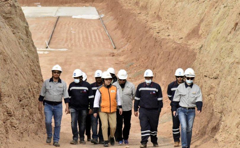 Газрын тосны үйлдвэрт ажиллах хүчин бэлэн үү?