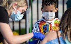 """""""Файзер"""" вакциныг 5-11 насны хүүхдэд тарих зөвшөөрөл хүснэ"""