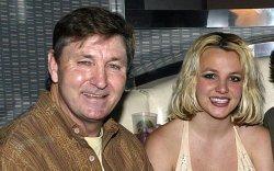 Бритни Спирсийн аав асран хамгаалах эрхээс албан ёсоор татгалзлаа