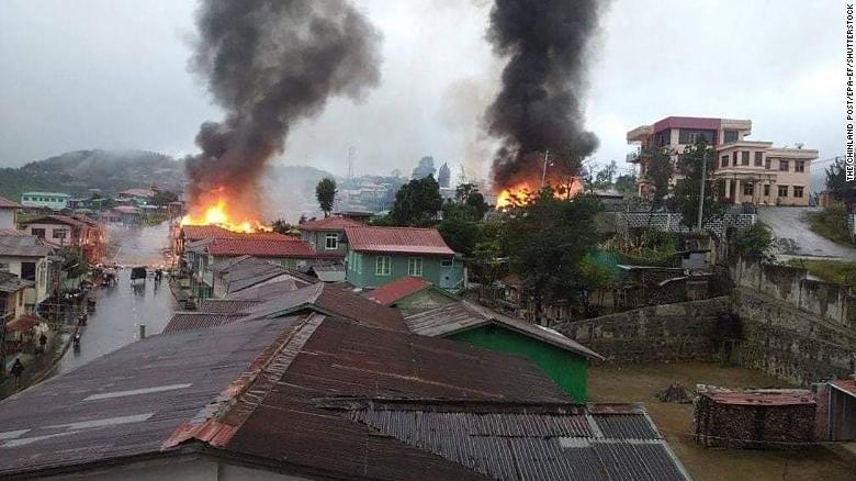 Мьянмарт тулаан улам ширүүсч, иргэд дүрвэж байна