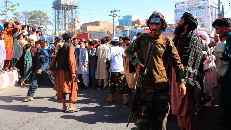 Талибууд харгис ёсоо сэргээж, хүн барьцаалагчдыг цаазлав