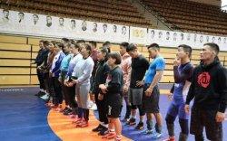 Чөлөөт бөх, ширээний теннисний тамирчид дэлхийн аваргад оролцоно