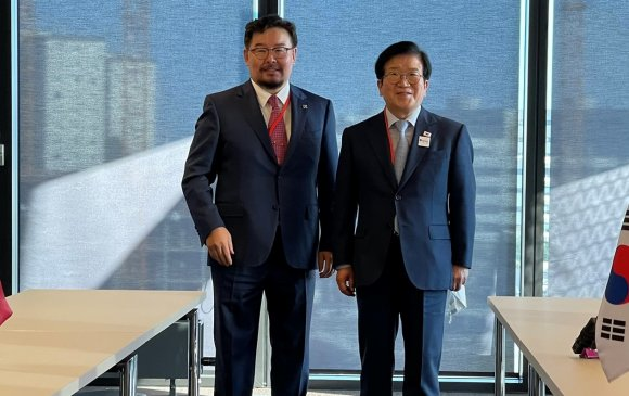 Спикерүүд 2 орны хамтын ажиллагааг өргөжүүлэх чиглэлээр санал солилцов