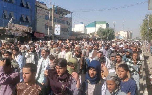 Кандахар хотод хэдэн мянган афган Талибаны эсрэг жагслаа