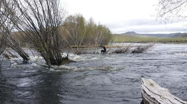 Туул голд урссан иргэнийг осгосон байдалтай эсэн мэнд олжээ