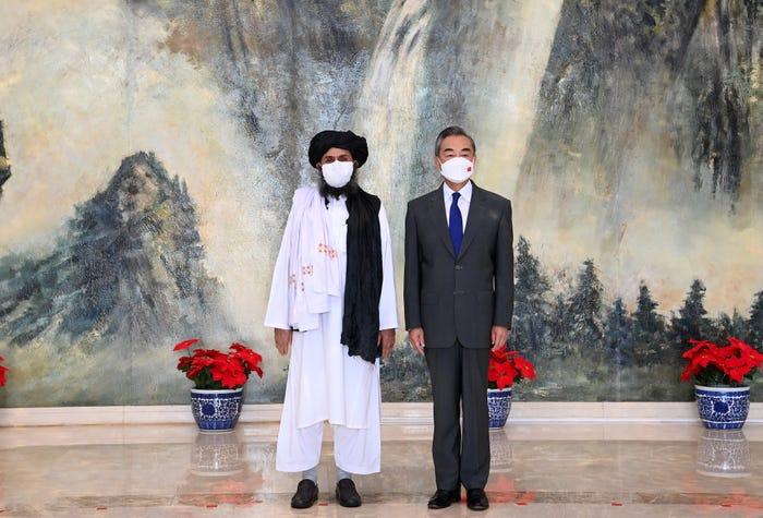 БНХАУ Афганистанд тусламж илгээгээд эхэлжээ