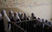 Талибан: Аюулгүй орчин бүрдүүлсний дараа охидыг сургуульд сургана