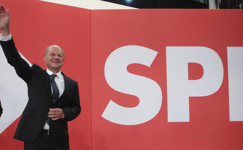 Олаф Шольц Меркелийн намыг оролцуулахгүй