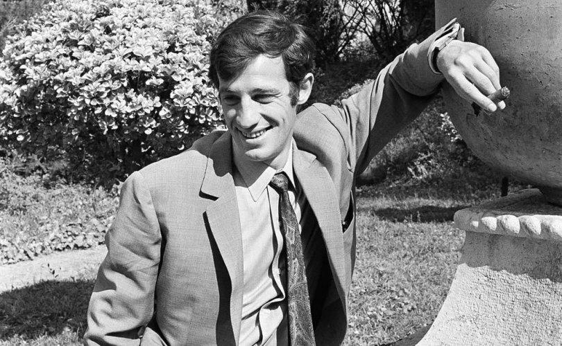 Францын нэрт жүжигчин Жан-Пол Бельмондо таалал төгсчээ