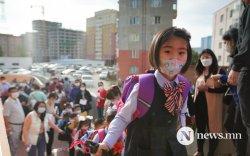 ФОТО: Хүүхэд бүрийн хүсэн хүлээсэн хичээлийн шинэ жил эхэллээ