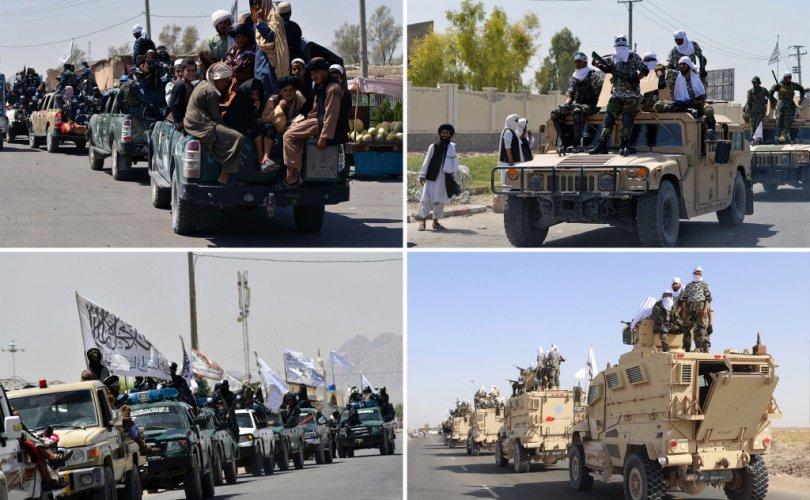 Талибууд АНУ-ын техникүүдээр ялалтын парад хийв