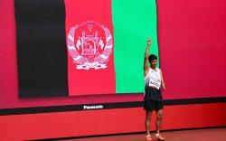 Афганистан тамирчид Австралийн виз авах эсэхээ шийдээгүй байна