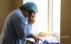 500 гаруй эмч, эмнэлгийн ажилтан ажлаасаа гарчээ