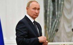 Путин хавьтагч болж өөрийгөө тусгаарлажээ