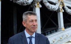 Беларусь Францын элчин сайдыг хөөлөө