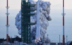 БНСУ дотооддоо бүтээсэн анхны сансрын пуужингаа хөөргөлөө