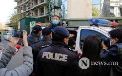 Д.Монголхүү нарын жагсагчдыг баривчилсныг эсэргүүцэв