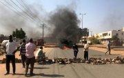 Суданд төрийн эргэлтийн улмаас 7 хүн нас барж, 140 хүн шархаджээ