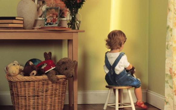 Хүүхэд яагаад худлаа ярьдаг вэ?
