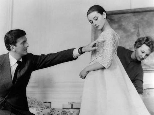 """""""Givenchy"""" брэндийг үндэслэгч 91 насандаа таалал төгсчээ"""