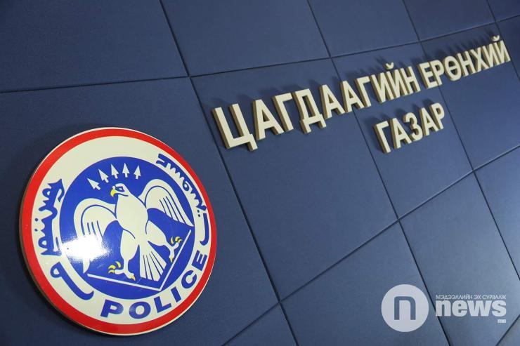 Цагдаагийн нэр барьж луйвар хийжээ