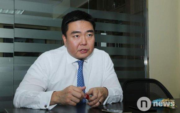 """Б.Бямбасайхан: Монголчууд бид хоорондоо хагарч бус, хамтарч байж л """"Рио Тинтод"""" хариуцлага тооцох боломжтой"""