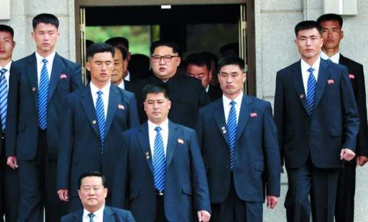 Ким Жон Ун ба түүний хамгаалагчид