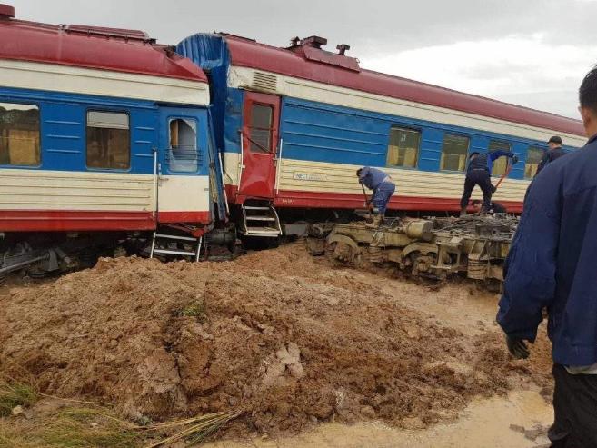 """286-р галт тэрэгний зорчигчдод """"Ган зам даатгал"""" ХХК-аас тусламж олгож байна"""