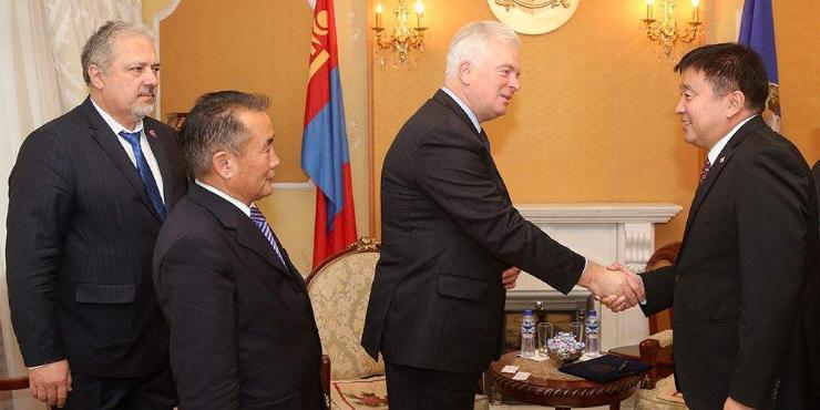 Словак улсын Элчин сайдыг хүлээн авч уулзав