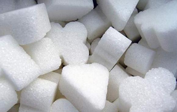 Элсэн чихрийн үнэ хоёр дахин хямдрав