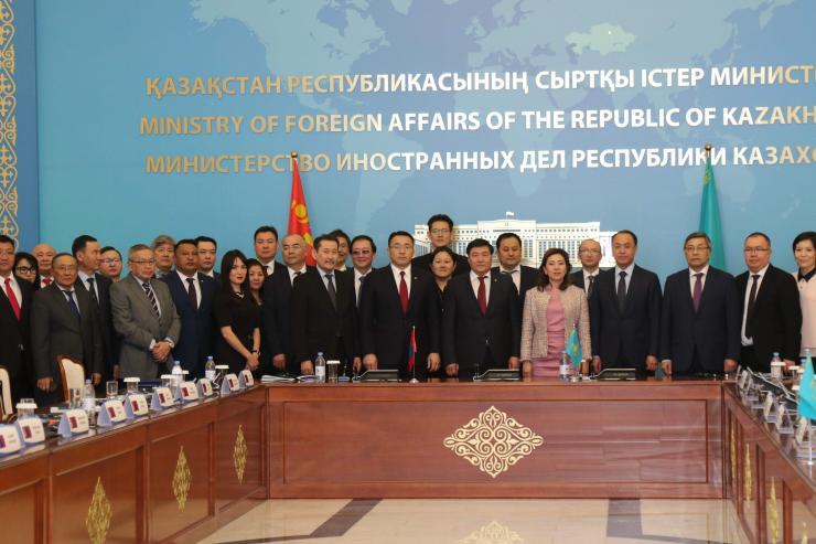 Монгол Казахстаны ЗГХК-ын хуралдаан болж байна