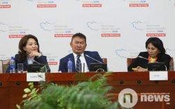 Х.Баттулга: Дараа жилийн эдийн засгийн форум дээр энэ зовлонгоо яриад сууж байх вий