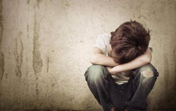 Хүүг зодсон хойд эцэгт найман жил хорих ял оноох хуулийн заалттай