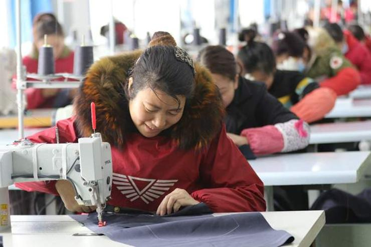 Хятадын ядуурлыг бууруулах тэмцэл шийдвэрлэх шатандаа орлоо