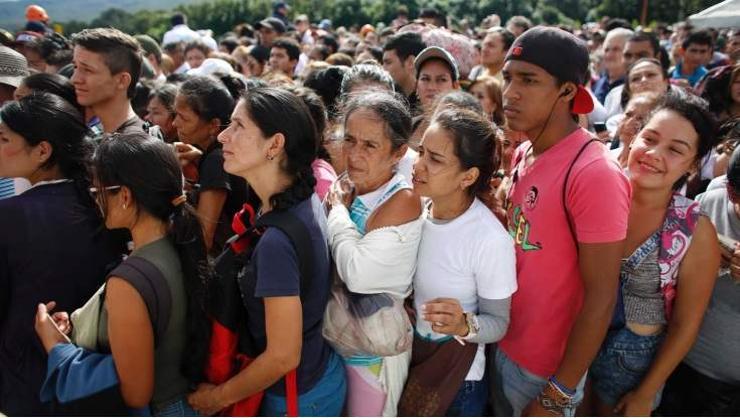 Венесуэль улсаас 2.3 сая хүн дүрвэжээ